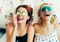 Φτιάξτε την δική σας φυσική μάσκα προσώπου