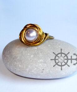 δαχτυλίδι με πέρλα και συρμα