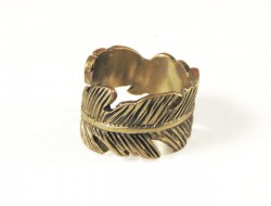 Hipster feather ring