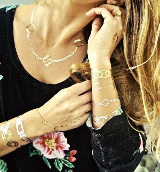 αυτοκολλητο τατουαζ χρυσο βραχιολι