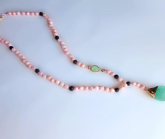 κολιε ροζαριο με λαβα και νεφριτη jade