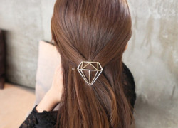 Hair clip diamond