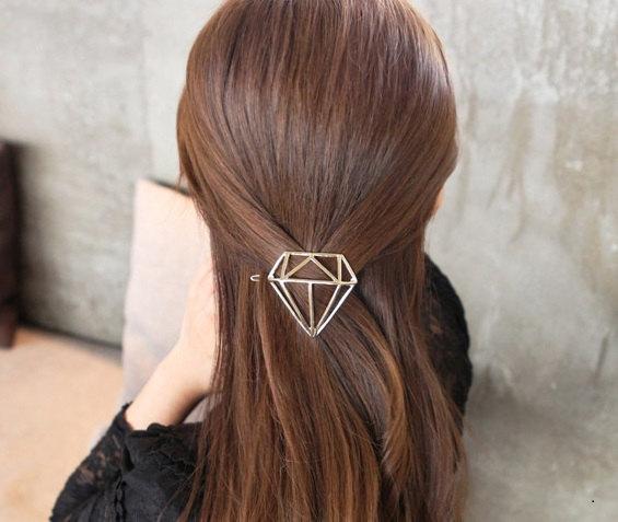 Hair clip diamond