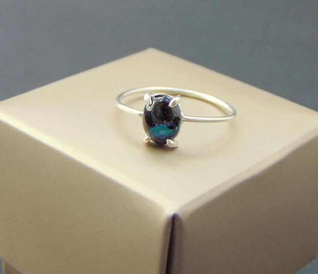δαχτυλιδι με μπλε πετρα