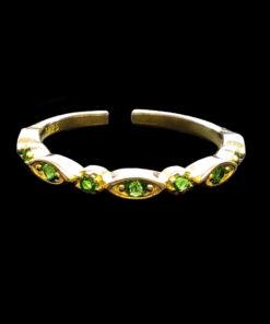 δαχτυλιδι με πρασινες πετρες