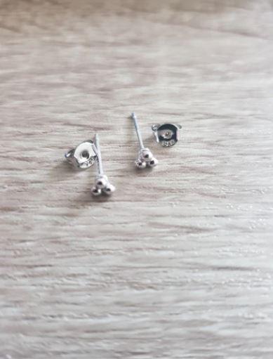 μικρα σκουλαρικακια
