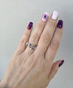 δαχτυλιδι αλυσιδα